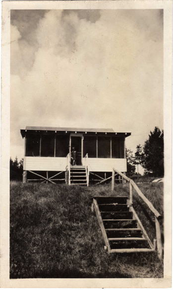 Earliest Pic of Cabin
